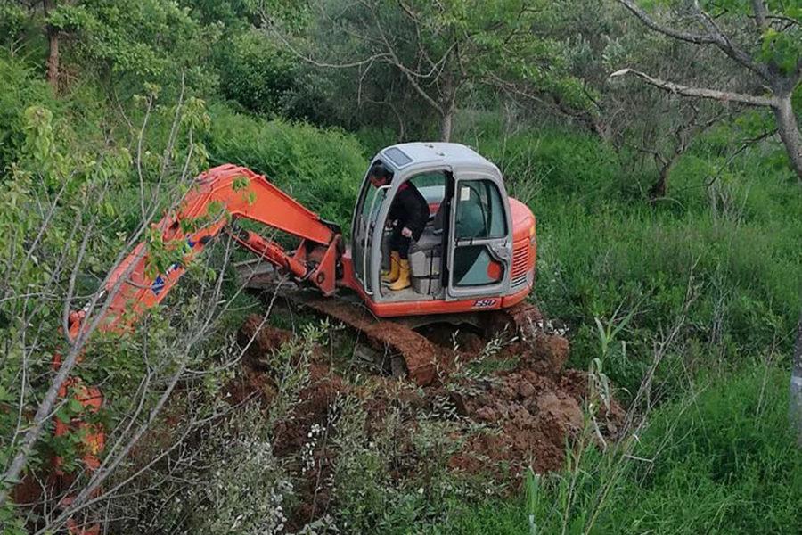 Abatemarco, individuata rottura, in corso i lavori di riparazione 12 1 900x600